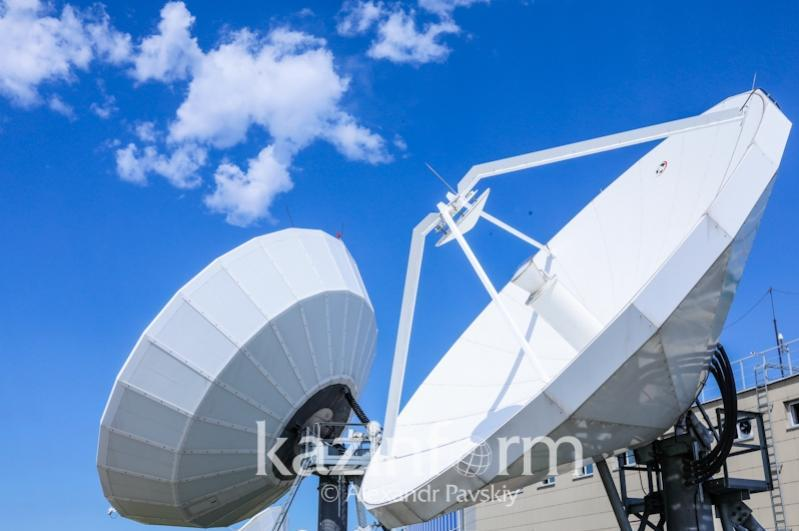 Национальной космической системе связи и вещания «Kazsat» 17 лет: полет нормальный!