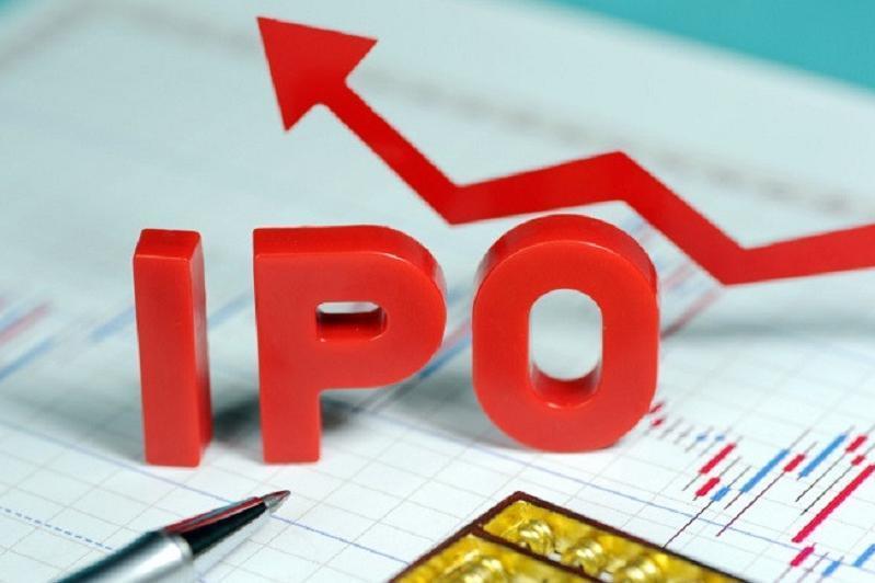 哈萨克斯坦计划加快国有企业IPO