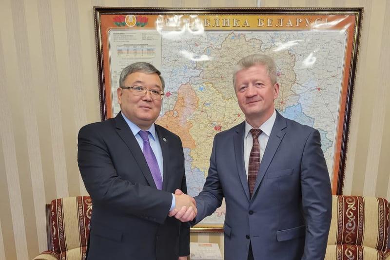 哈萨克斯坦和白俄罗斯有兴趣加强文化对话
