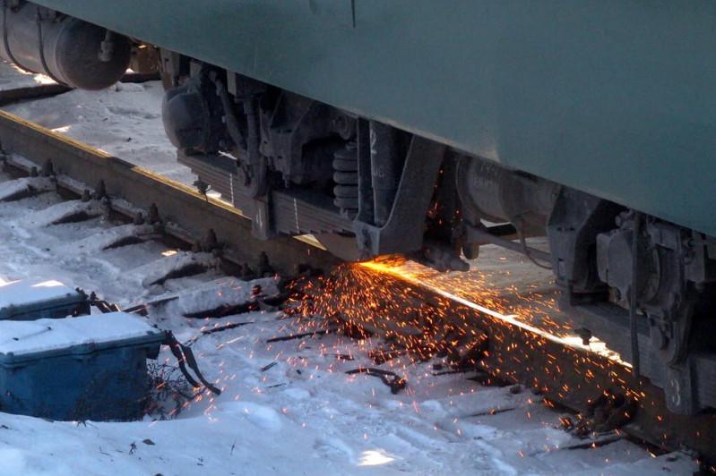 Два грузовых поезда столкнулись в Жезказгане