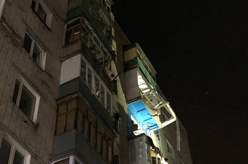Один человек погиб и шесть пострадали при взрыве газа в многоэтажке в Татарстане