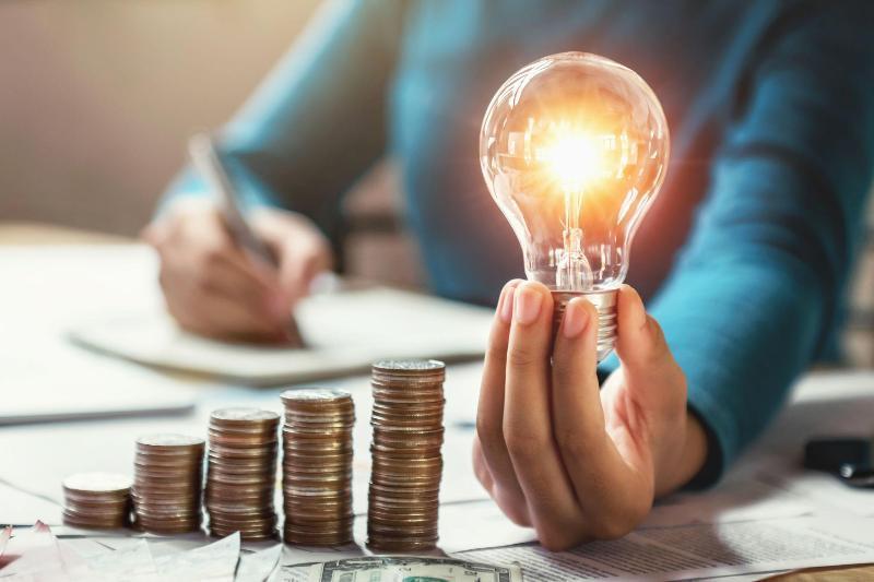 Тарифы на электроэнергию возрастут с 1 апреля в Казахстане