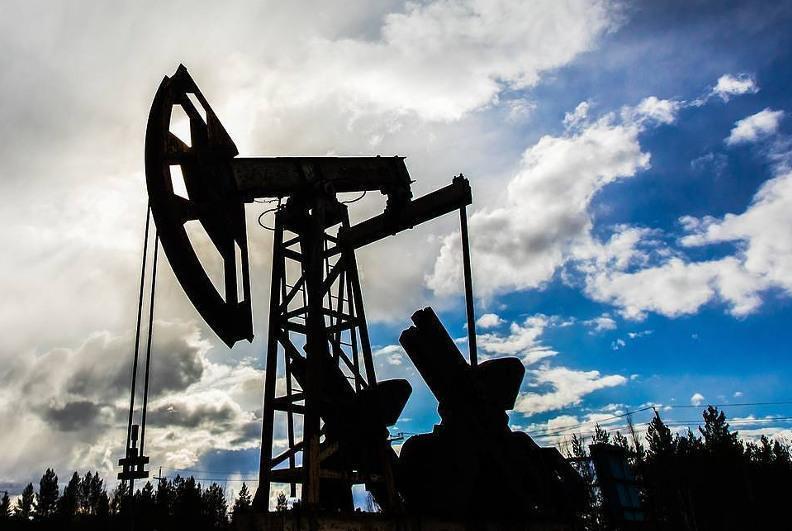 Жаҳон бозорида нефт нархи 61 долларга тушди