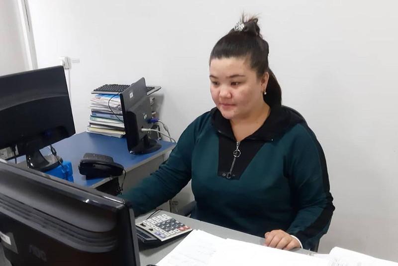 Около 600 специалистов направлены на работу по молодежной практике в Шымкенте