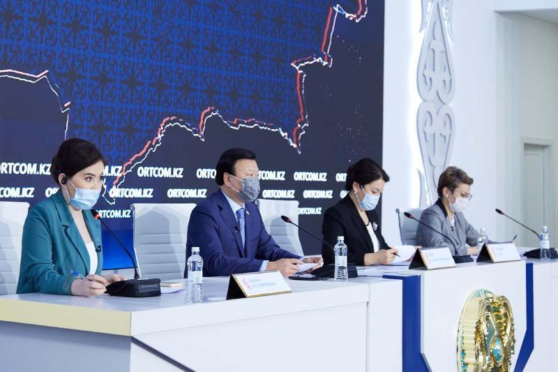 Сколько доз вакцин дополнительно запросил Казахстан у России
