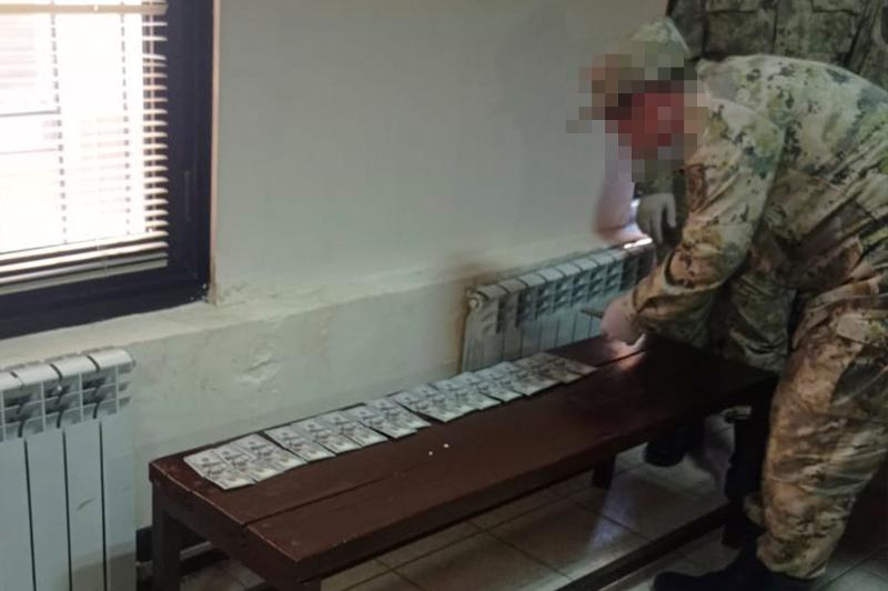 Более 88 тыс долларов пытались незаконно вывезти из Казахстана