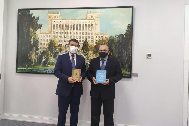 独立三十周年:阿塞拜疆举办«哈萨克斯坦文化周»