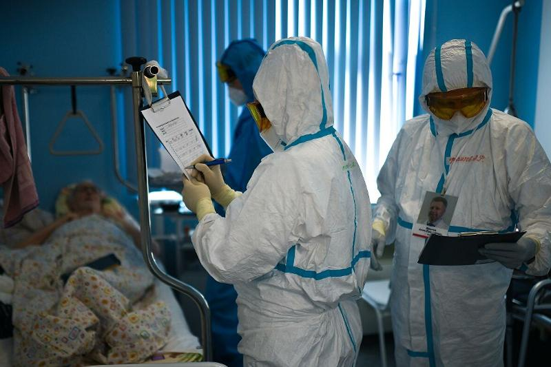 WHO records over 517,000 new daily cases of COVID-19 worldwide
