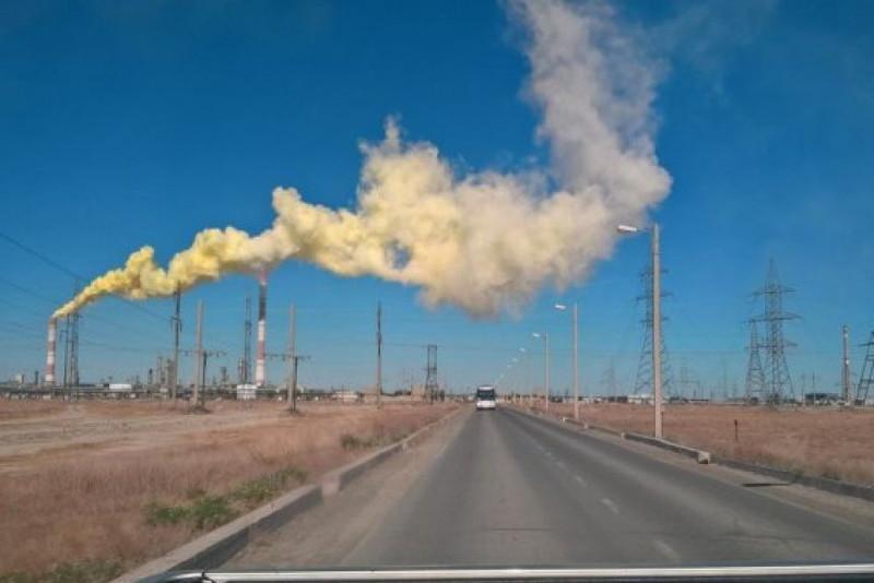 Выброс загрязняющих веществ на Тенгизе: экологи проведут проверку