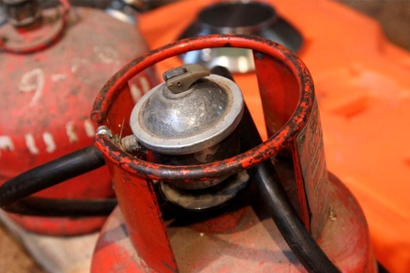 Поменять законодательство для предотвращения взрывов газбаллонов предложили в Сенате