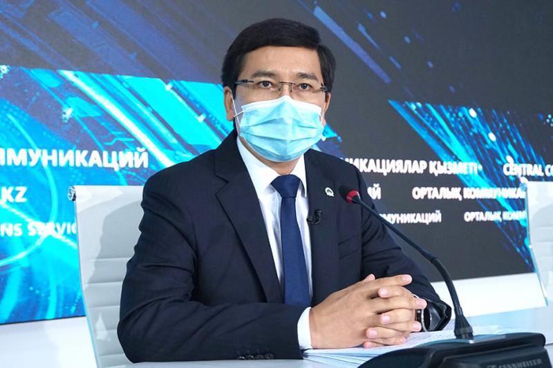 Асхат Аймағамбетов вакцинаға қатысты мұғалімдерге үндеу жасады