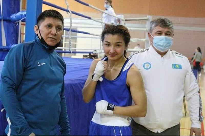 Кто из казахстанских спортсменок примет участие в молодежном ЧМ по боксу
