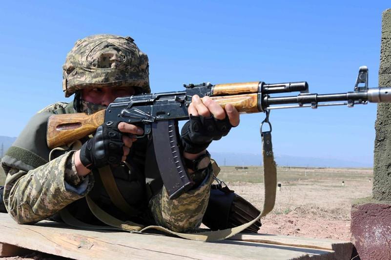 Контрольная проверка проводитсяв Вооруженных силах Казахстана