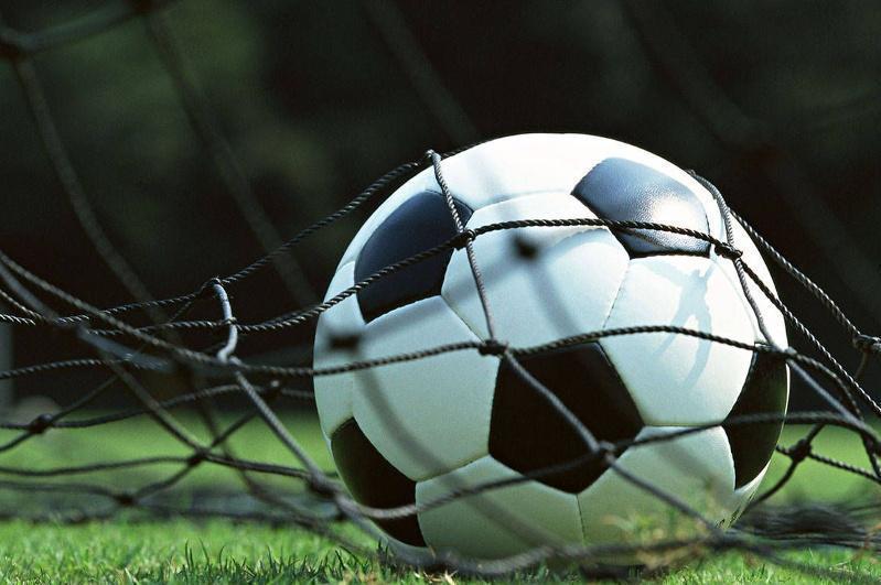 Футбол: «Ақтөбе» мен «Ордабасы» 4:4 есебімен тең түсті