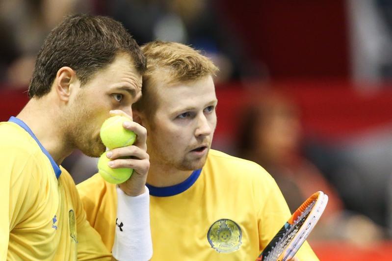 Kazakh duo strolls into Split 1 final in Croatia