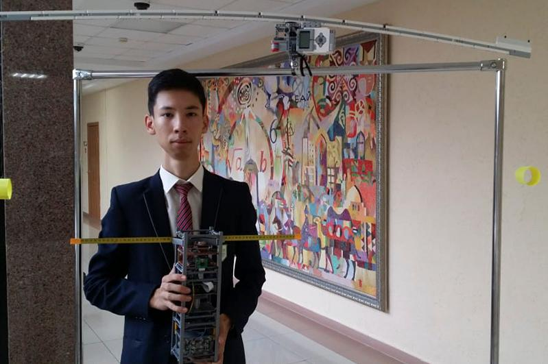 Наноспутник с системой мониторинга космического мусора создал школьник из Кокшетау