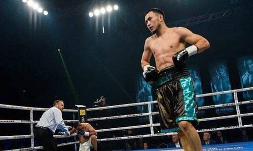 Непобежденный казахстанский боксер лишился дебютного боя в США