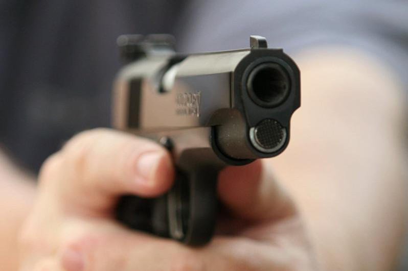 Мужчину ранили из травматического пистолета в Алматы