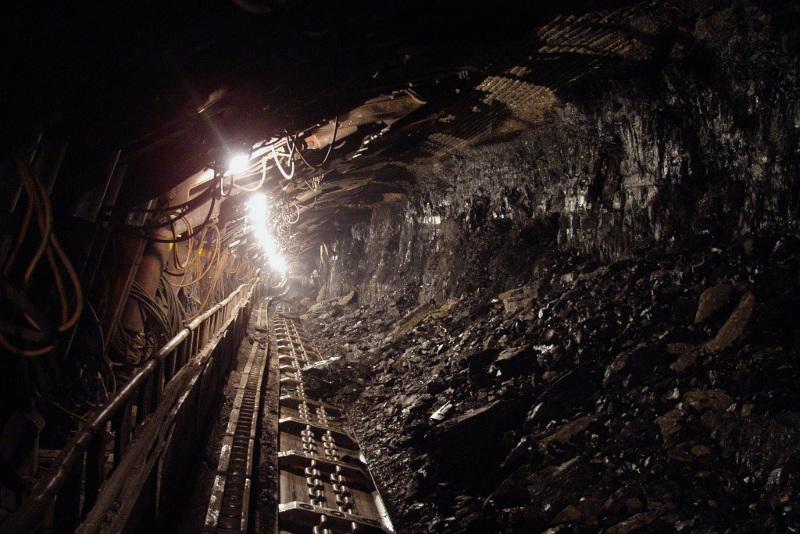 Қытайда шахтаны су басып, кеншілер жер астында қалды