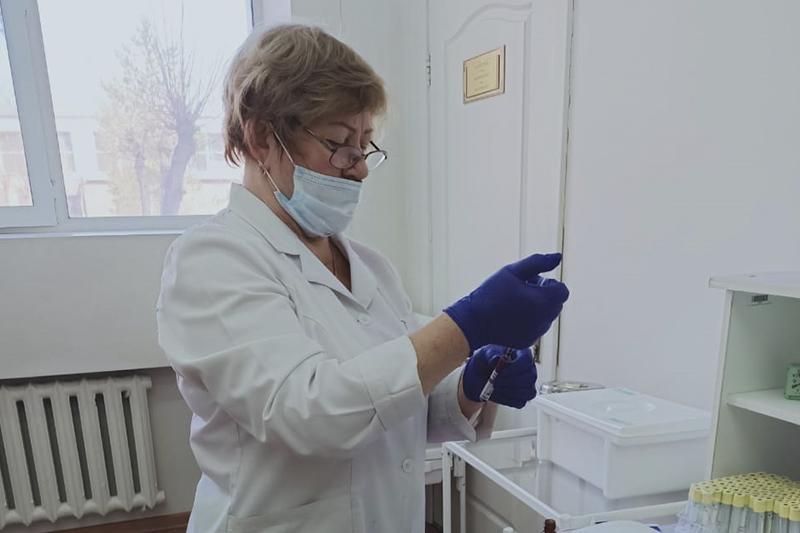 Қарағанды Медуниверситетінде вакцинация орталығы ашылды
