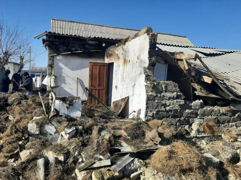 Семь человек госпитализированы после взрыва в частном доме в Хромтау