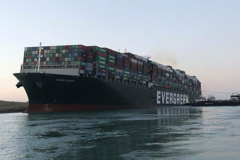 苏伊士运河肇事货轮面临10亿美元索赔