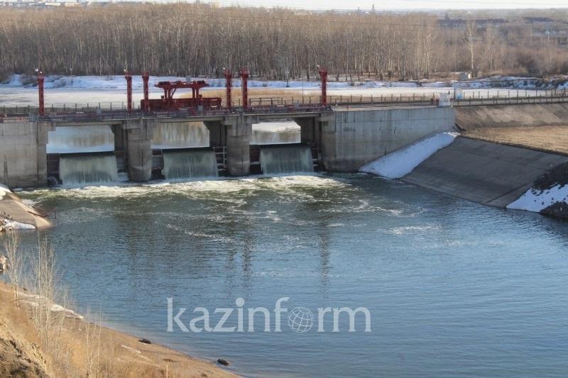 В СКО начался перелив воды на Сергеевском водохранилище