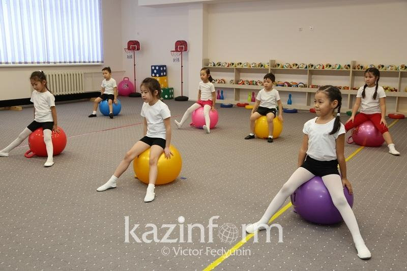 Недоступность спортивных секций для детей в Казахстане отмечают депутаты