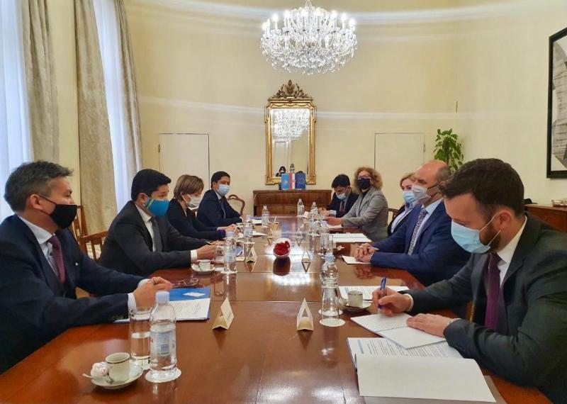 Казахстанско-хорватские межмидовские консультации прошли в Загребе