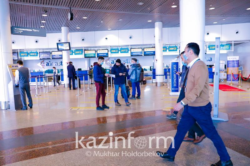 Для встречающих и провожающих ограничили вход в столичный аэропорт