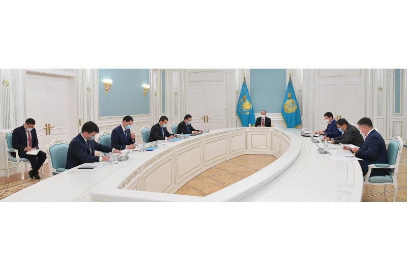 Глава государства провел совещание по вопросам социально-экономического развития страны
