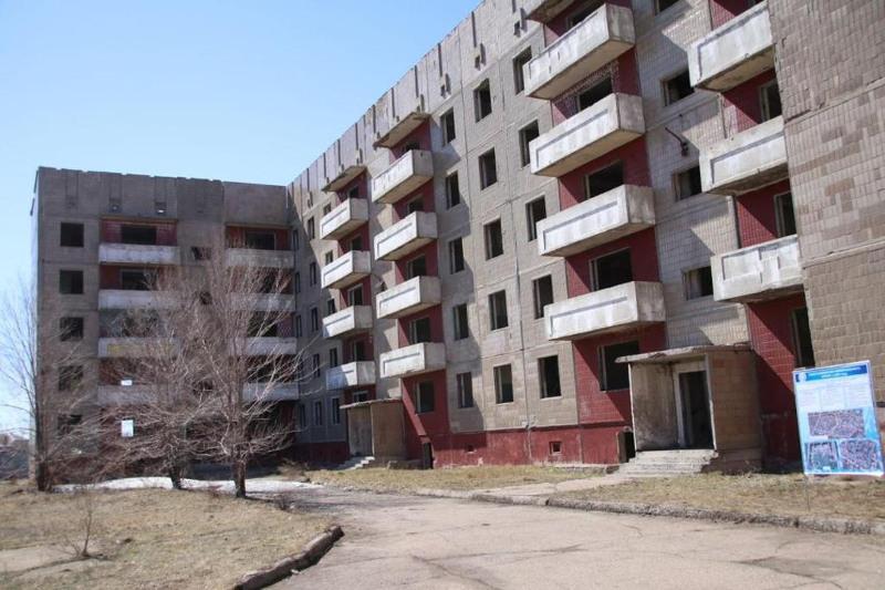 Заброшенные многоэтажки восстанавливают в поселке Карагандинской области