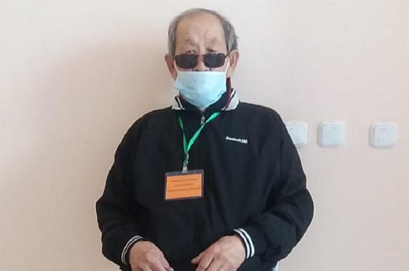86-летний житель Карагандинской области вакцинировался против КВИ