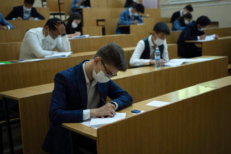 Более 20 тысяч школьников в Туркестанской области сдадут ЕНТ