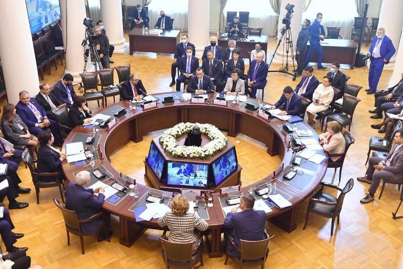 Сенаторы приняли участие в работе пленарного заседания Межпарламентской Ассамблеи СНГ