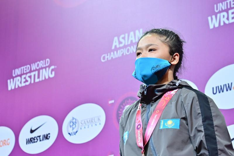 Kazakhstan sweeps silver and 2 bronze at Asian Women's Wrestling Champs