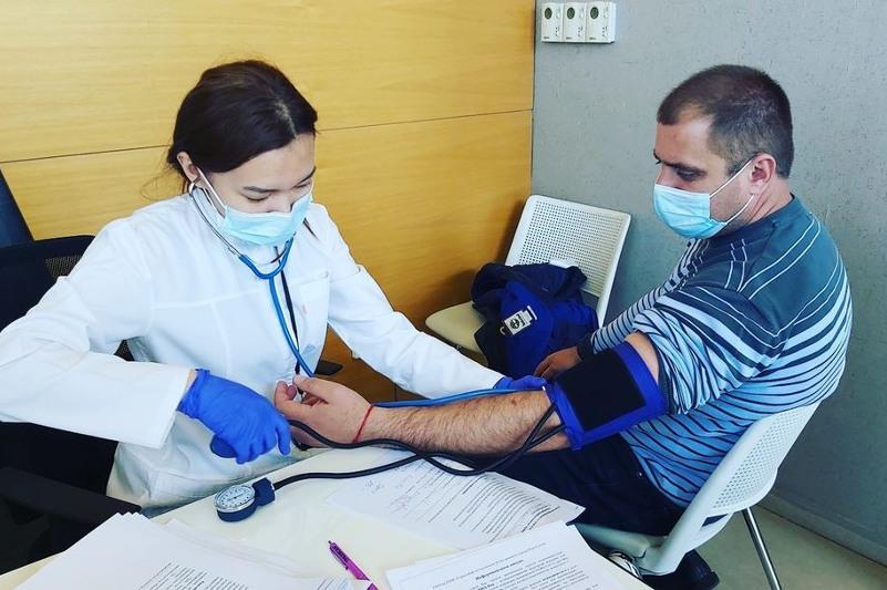 Сотрудники департамента по ЧС получили вакцину от КВИ в Нур-Султане
