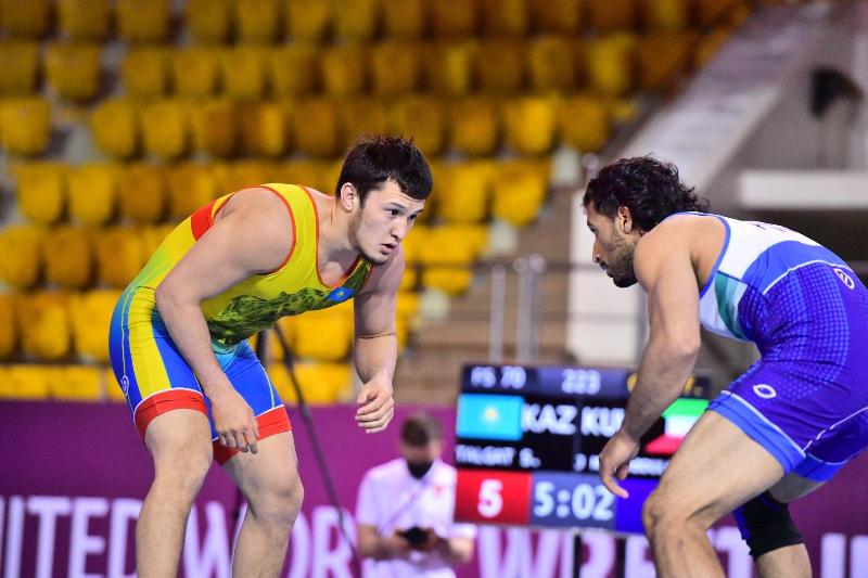 Талгат Сырбаз завоевал «золото» чемпионата Азии по вольной борьбе в Алматы