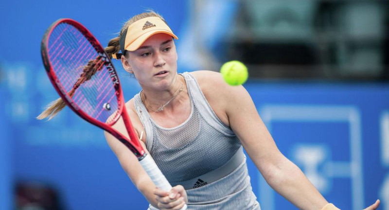 Елена Рыбакина обыграла аргентинку на теннисном турнире Кубка Билли Джин Кинг