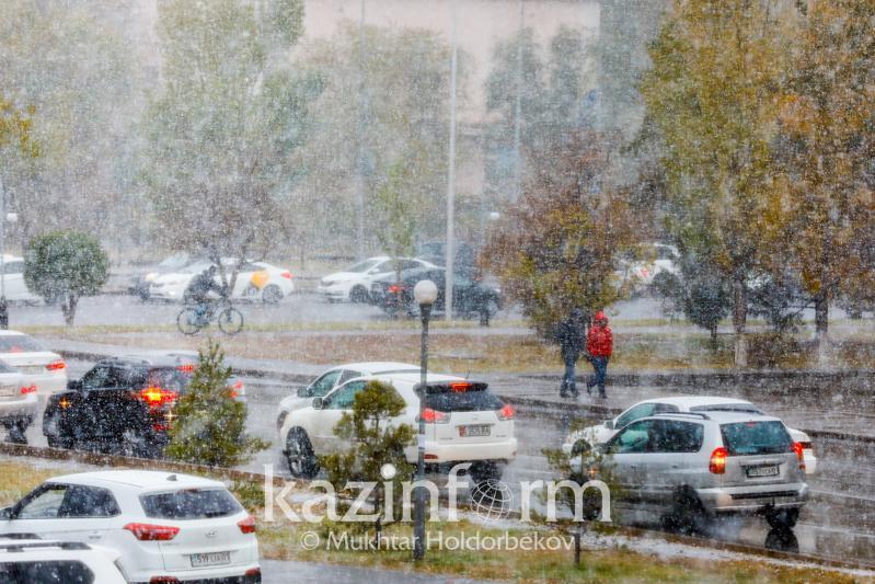 В пяти регионах Казахстана объявлено штормовое предупреждение из-за похолодания