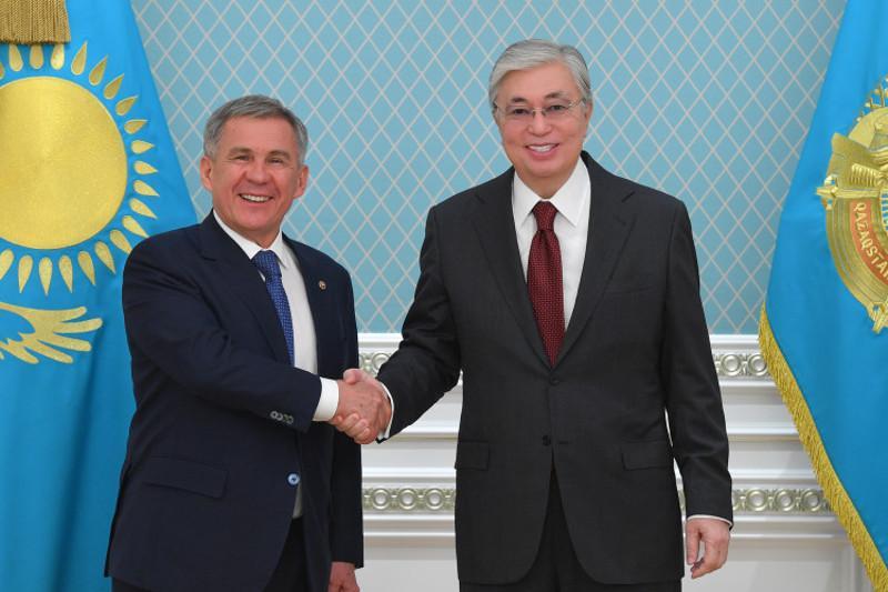 Касым-Жомарт Токаев провел встречу с Рустамом Миннихановым