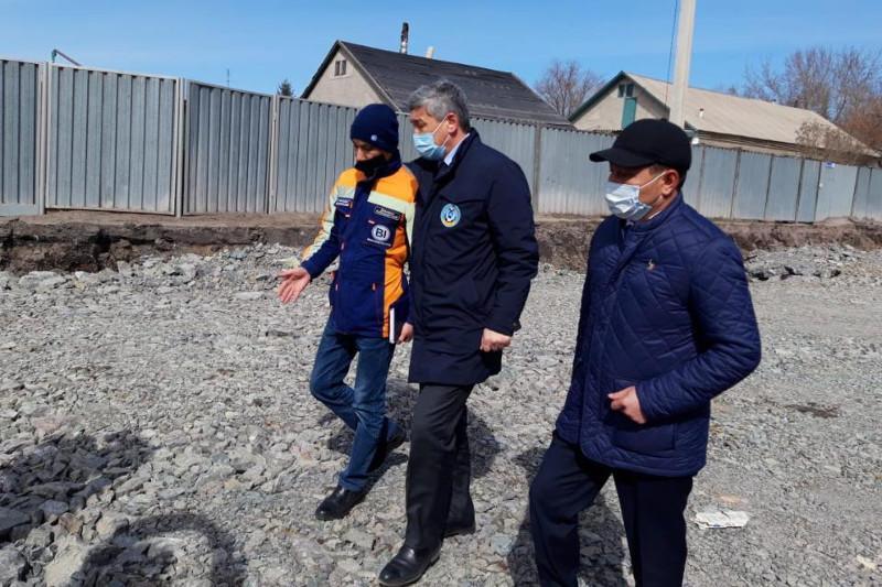 Президент тапсырмасы: Қарағандыда жол жөндеу жұмыстары тексерілді