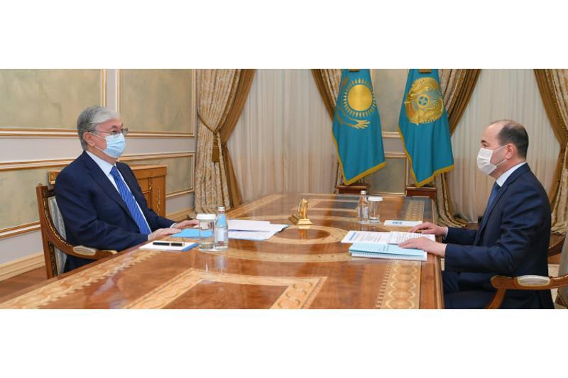Президент Бас прокурор Ғизат Нұрдәулетовті қабылдады