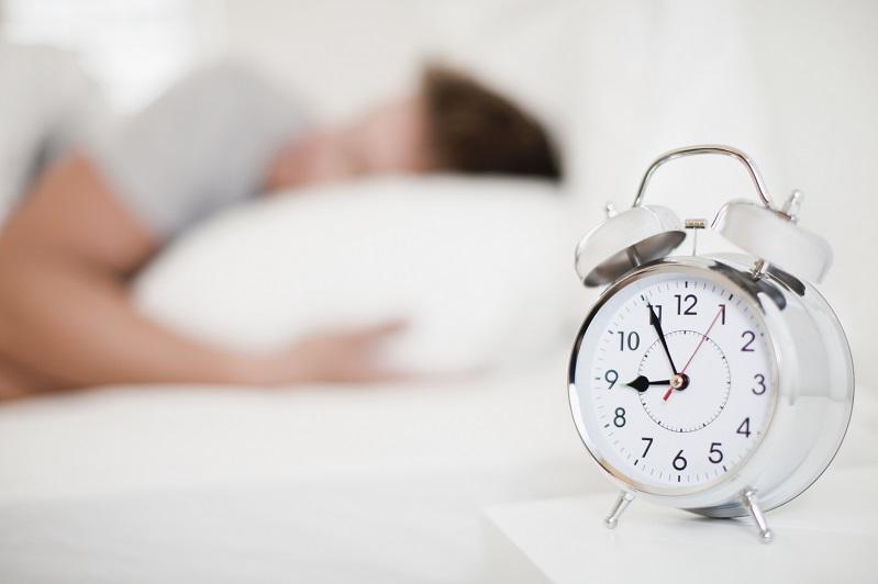 研究:中年人每晚睡眠常少于6小时或增失智风险