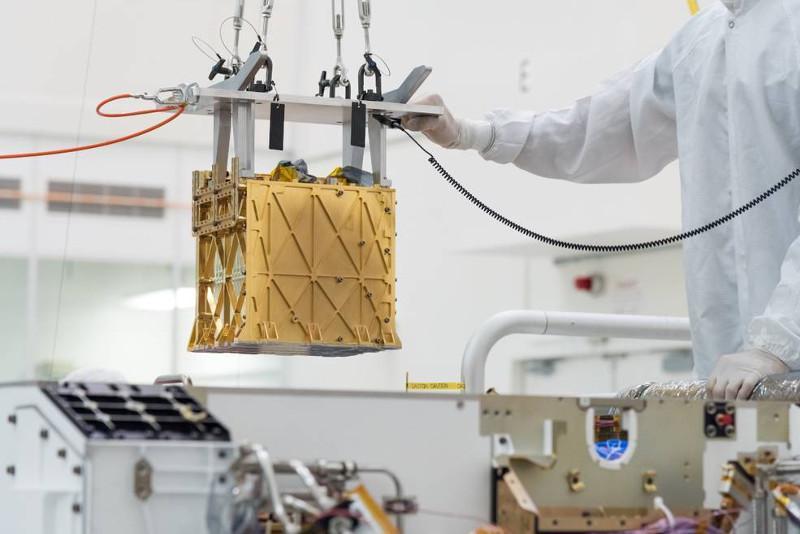NASА тарихда биринчи марта Марсдан кислород олинганлигини эълон қилди