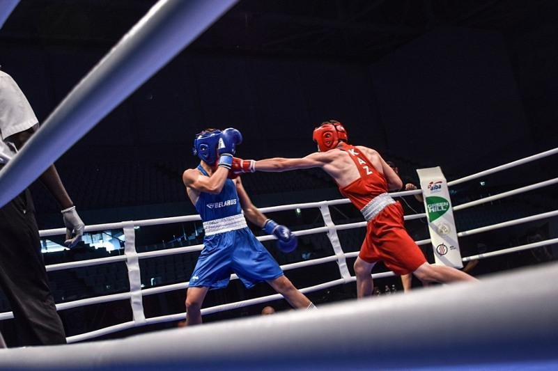 В финале ЧМ по боксу среди молодежи в Польше выступят две казахстанки