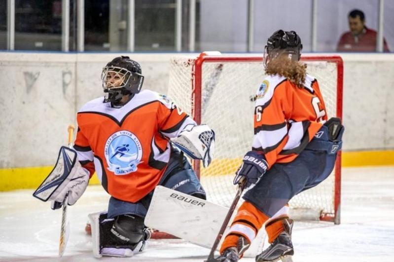 Канада әйелдер хоккейінен әлем чемпионатын өткізуден бас тартты
