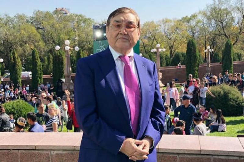 Ескендір Хасанғалиев пен жұбайы коронавируспен жансақтау бөліміне түсті