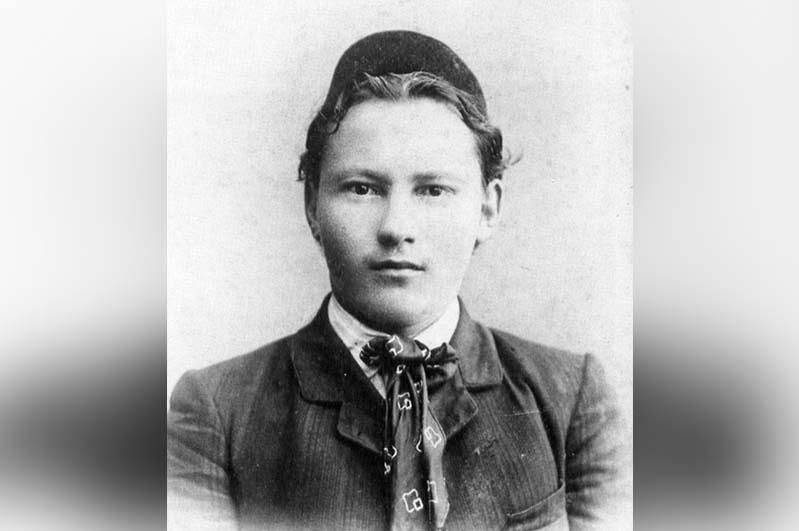 Творчество длиною в жизнь: 135 лет со дня рождения великого татарского поэта Габдуллы Тукая