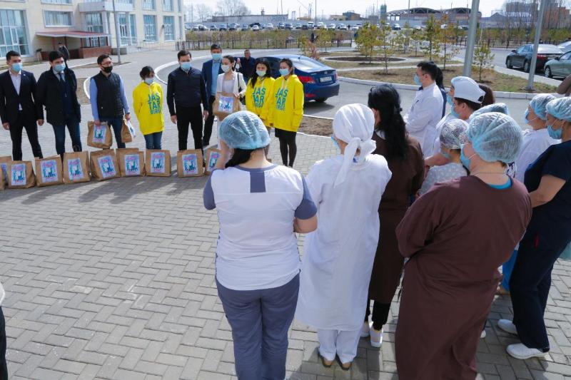 Nur Otan-ның жас белсенділері Biz Birgemiz волонтерлер қозғалысын құрды